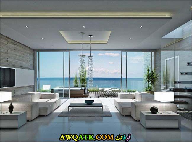 غرفة معيشة فخمة جداً وفي منتهي الجمال