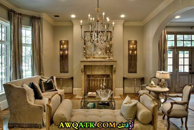 غرفة معيشة كلاسيك في منتهي الجمال