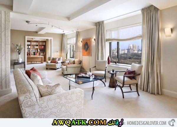 غرفة معيشة مفتوحة علي الصالة جميلة جداً