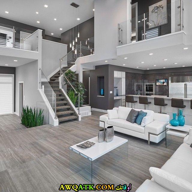 غرفة معيشة مودرن باللون الرمادي في منتهي الجمال
