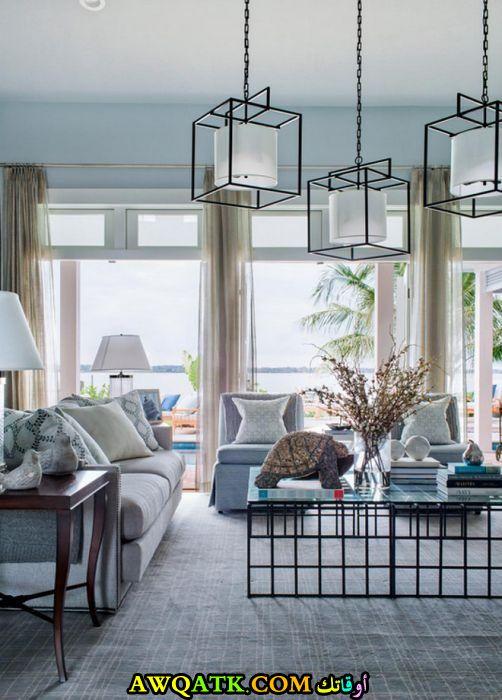 غرفة معيشة هادئة ورائعة