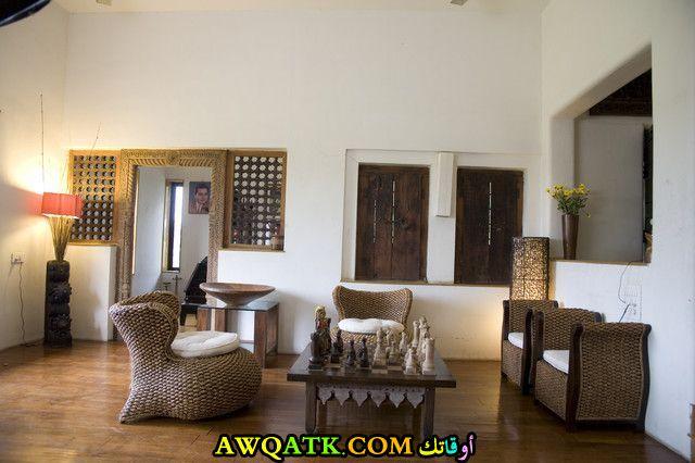 غرفة معيشة هندية جميلة وبسيطة