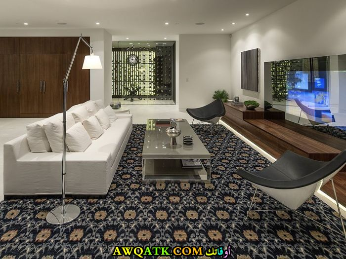 غرفة معيشة هوم بلازا جديد وعصري