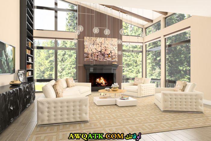 غرفة معيشة هوم بلازا باللون الأبيض رائعة