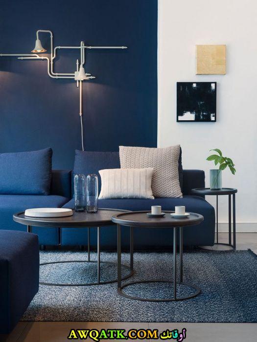 غرفة نوم باللون الأزرق مودرن