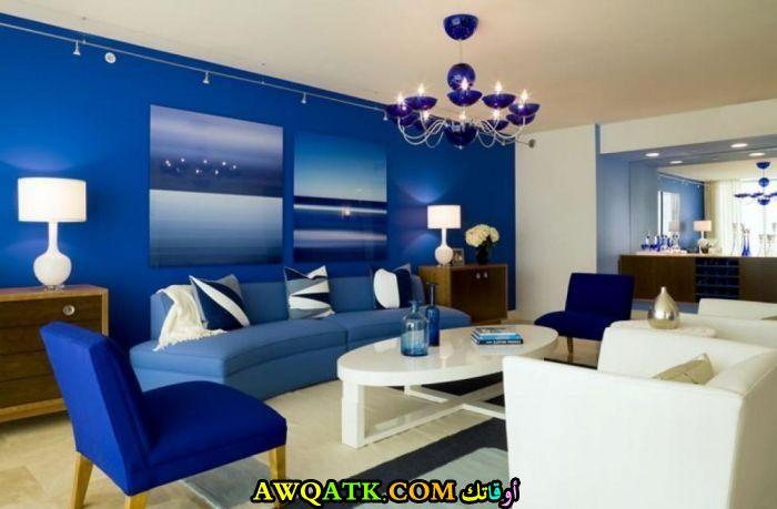 غرفة نوم باللون الأزرق جديدة وعصرية