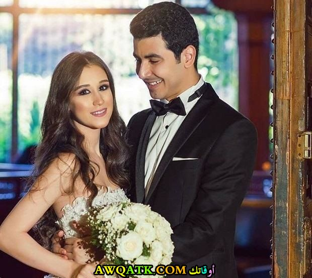 صورة الفنان محمد أنور وزوجته