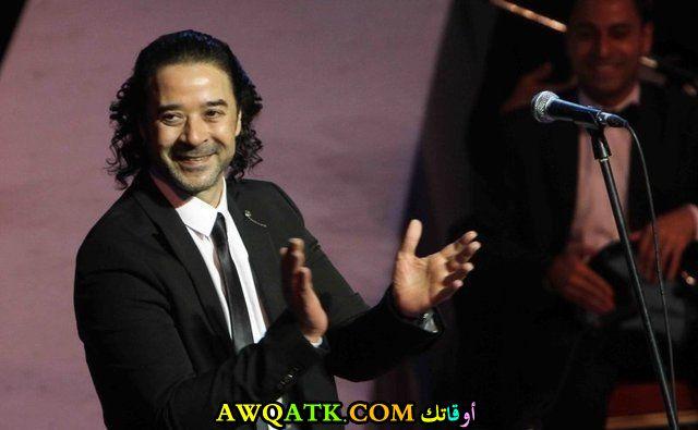 صورة جديدة للنجم المصري مدحت صالح