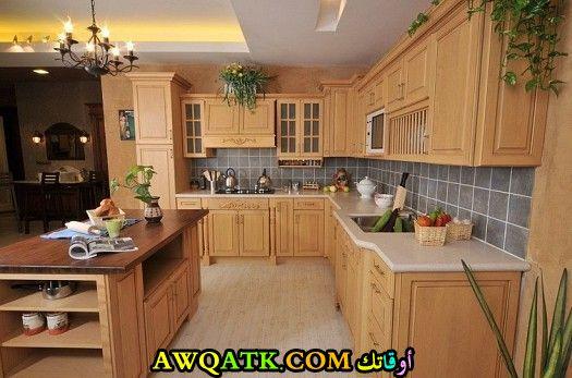مطبخ خشمونيوم قمة في الجمال