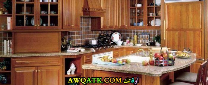 مطبخ خشمونيوم قمة في الروعة