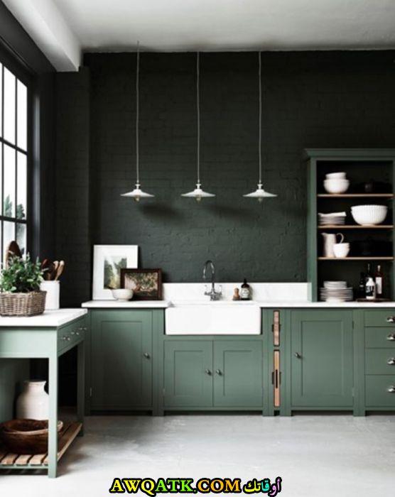 مطبخ روعة وجميل باللون الأخضر