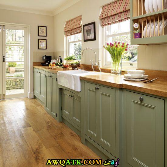 مطبخ باللون الأخضر قمة في الشياكة