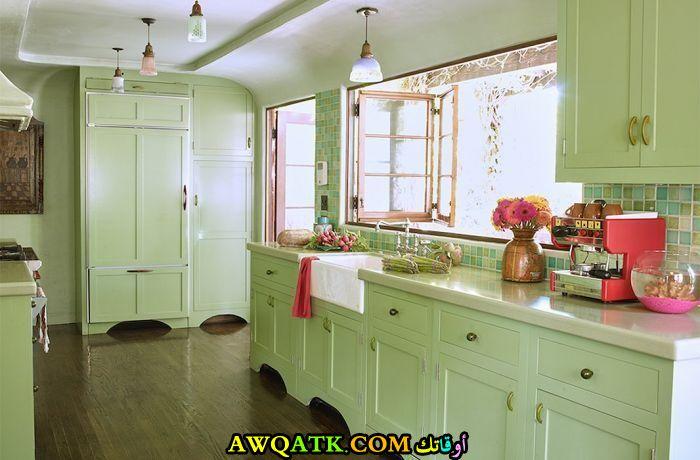 من أروع المطابخ الحديثة باللون الأخضر