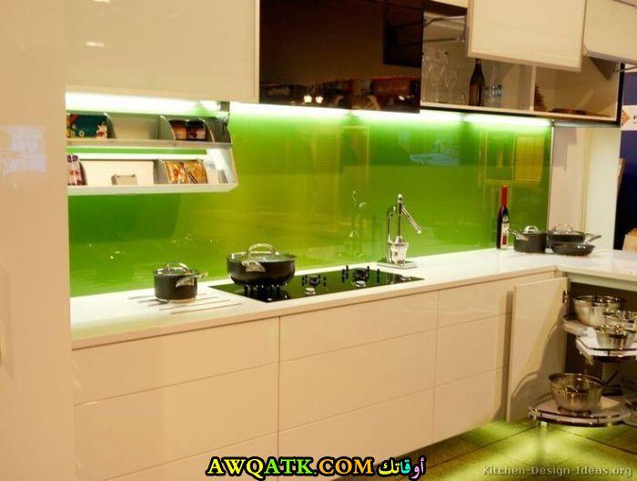 مطبخ زجاج بسيط وهادي