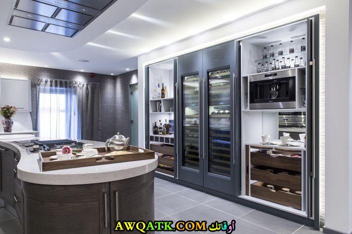 مطبخ عالمي رائع وجديد