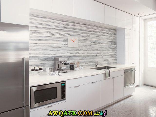مطبخ مودرن جديد فورمايكا باللون الأبيض