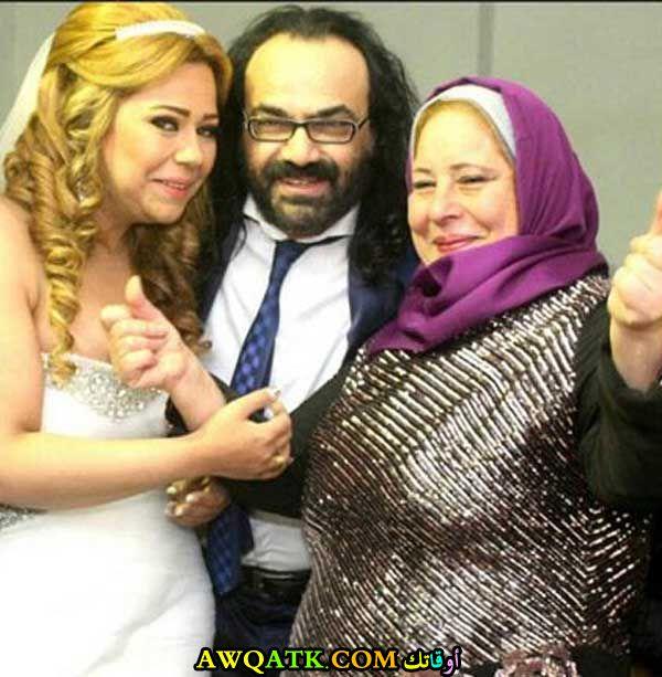 صورة عائلية للفنان ابو الليف مع زوجته
