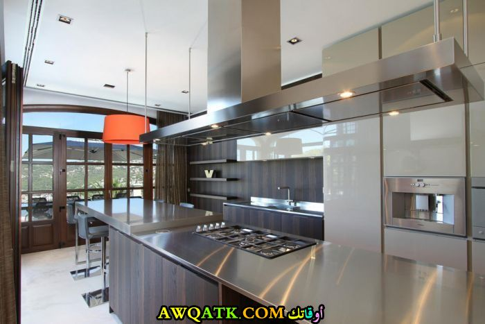 ديكور مطبخ كبير للفيلا قمة في الشياكة