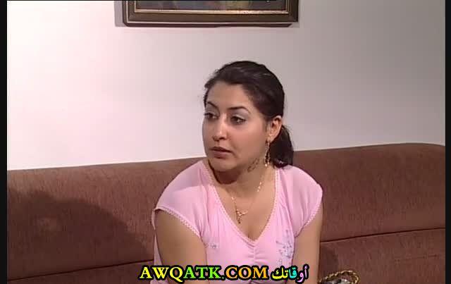 الممثلة رنا أبو غالي