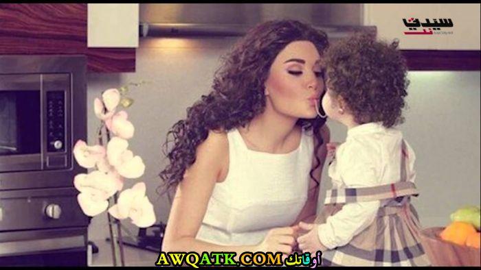 سيرين عبد النور و بنتها