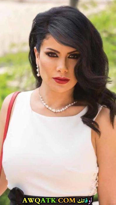 الممثلة صبا مبارك
