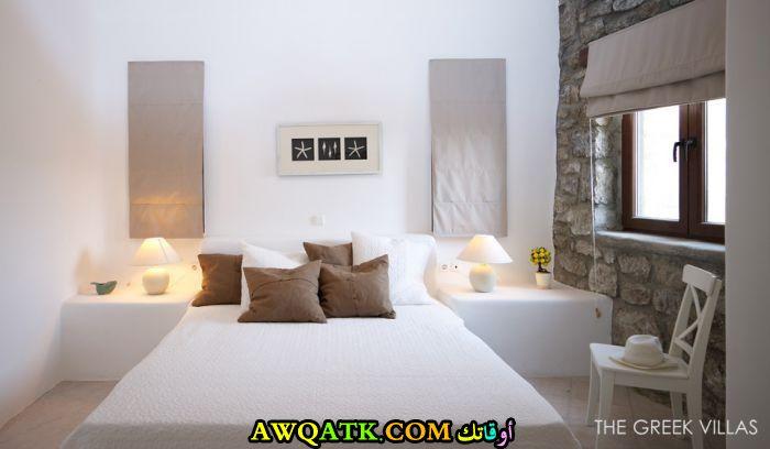 غرفة نوم فيلا باللون الأبيض مودرن وشيك