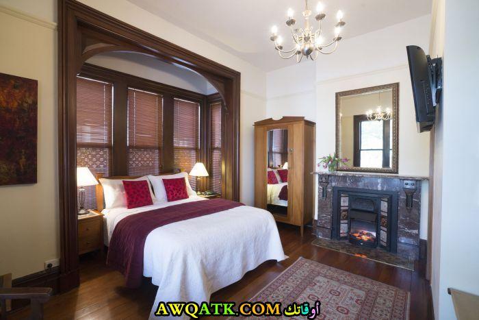 غرفة نوم فيلا كلاسيك جميلة جداً