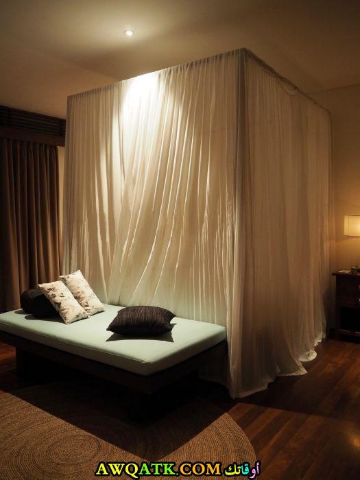 غرفة نوم فيلا للعرسان جميلة وبسيطة