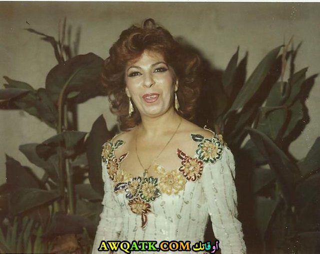 صورة قديمة للممثلة فريال كريم
