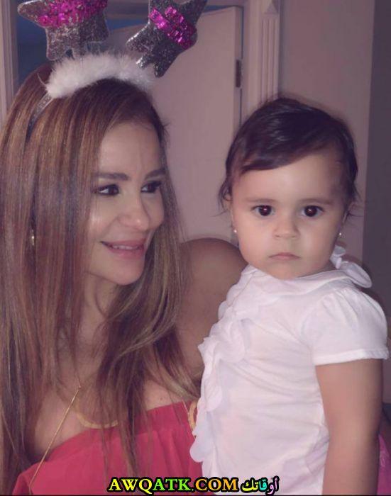 أجدد صورة كارول سماحة مع بنتها تالا
