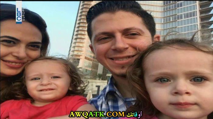 صورة عائلية للفنانة لمى مرعشلي مع أولادها