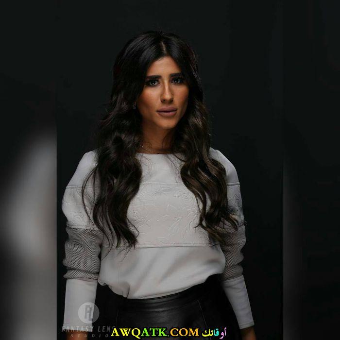 الفنانة ليلى عبد الله