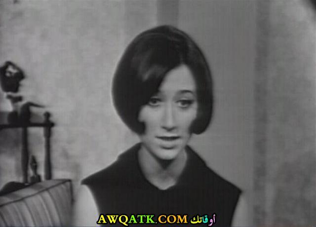 صورة قديمة للممثلة هدى حداد