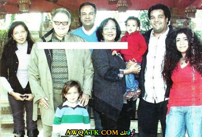 صورة عائلية للفنان يحيى الفخراني مع زوجتهصورة عائلية للفنان يحيى الفخراني مع زوجته