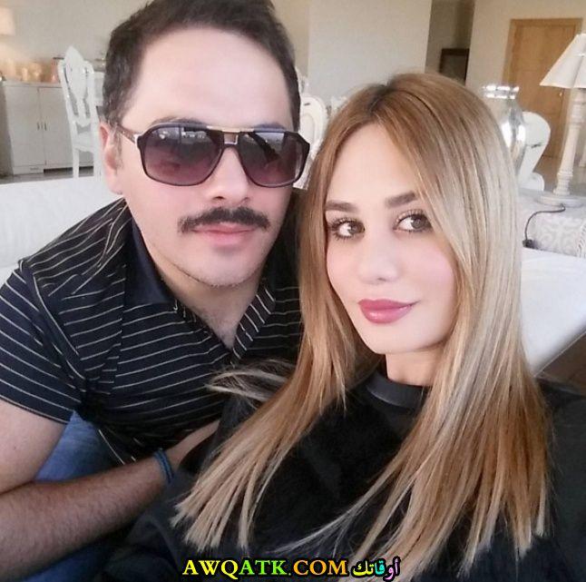 صورة عائلية للفنان رامي عياش مع زوجته