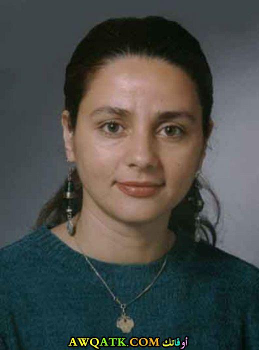 الممثلة رنا جمول