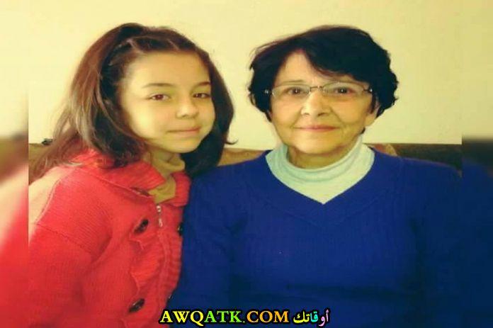 صورة قديمة للممثلة سارة عواد