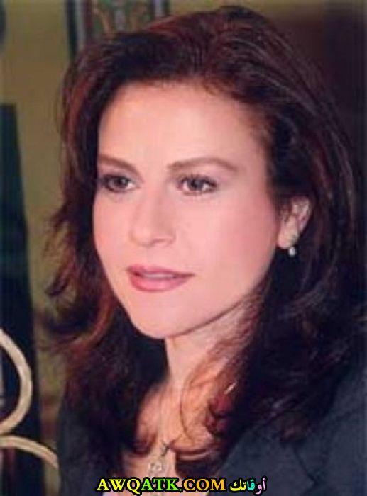 الممثلة قمر عمرايا