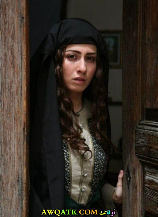 صورة قديمة للممثلة ميسون أبو أسعد