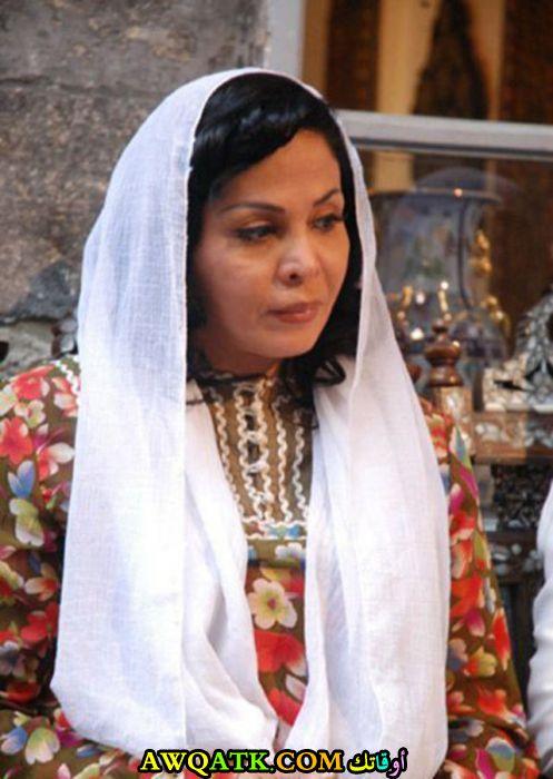 الممثلة نبال الجزائري