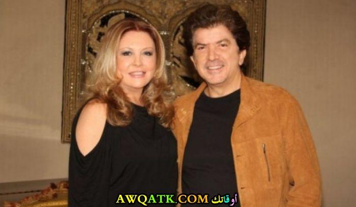 صورة جديدة وليد توفيق مع زوجته
