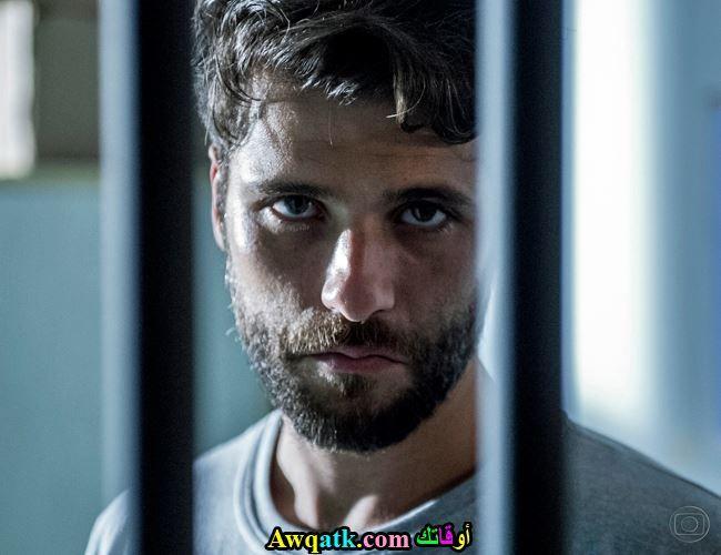 إدوارد داخل السجن