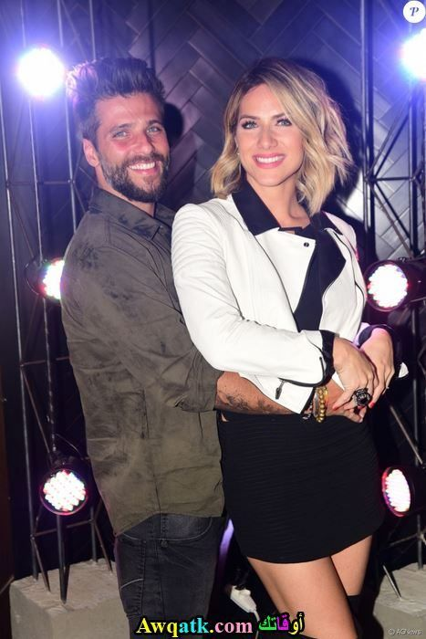 الممثل برونو جاغيلاسو و زوجته في كواليس أحد البرامج التليفزيونية