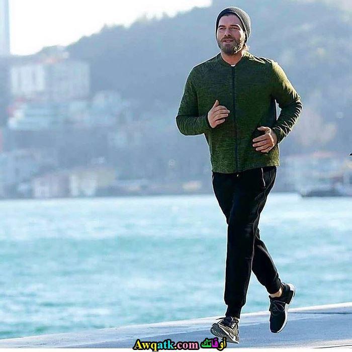 كيفانش تاتليتوغ يمارس رياضة الجري