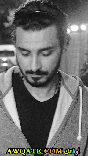 إسلام حافظ الفنان المصري