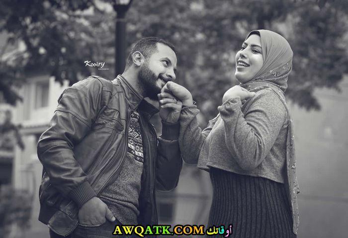 حمدي ووفاء صورة رومانسية