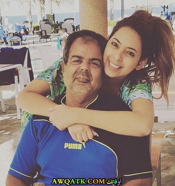 ريم ارحمة مع والدها