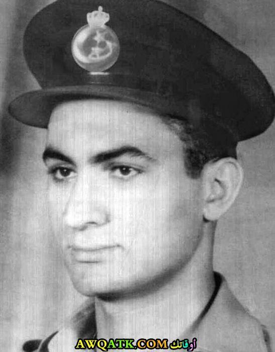 حسني مبارك في شبابه