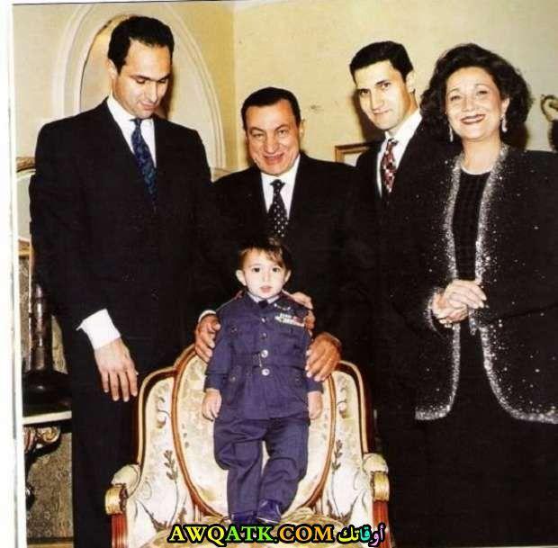 حسني مبارك وزوجته وأولاده