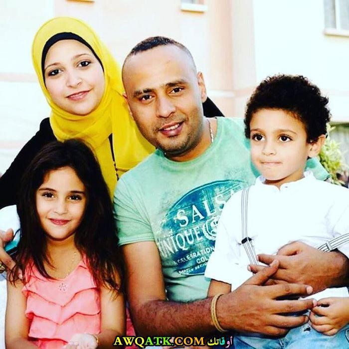 محمود عبد المغني وزوجته وأولاده